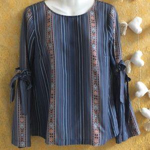 LC Lauren Conrad slate blue floral top sz M boho